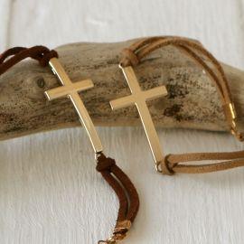 4 Pulseiras Cruz Dourada Sortidas em Beige e Marrom