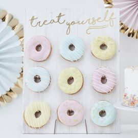 Pared de Donuts Treat Yourself