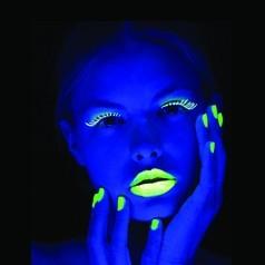 Maquilhagem Fluorescente Neon